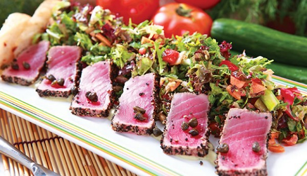 seared-tuna-salad-600x345